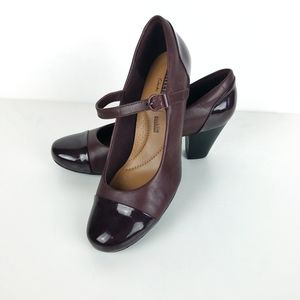Clarks Collection Sz 8W Cap Toe Mary Jane Pumps